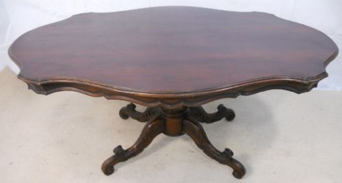Victorian Style Large Shaped Walnut Pedestal Dining Table to Seat Eight